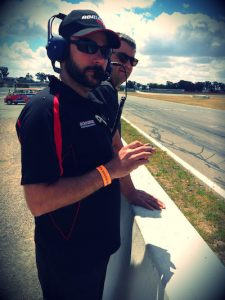 Romano on pit wall at Witnon 300 in MX5